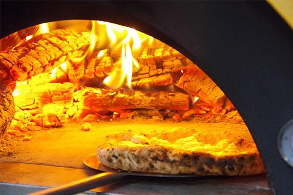 薪焚きピザのワークショップ